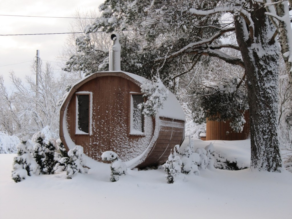 sauna tonneau l 39 authetique sauna scandinave. Black Bedroom Furniture Sets. Home Design Ideas
