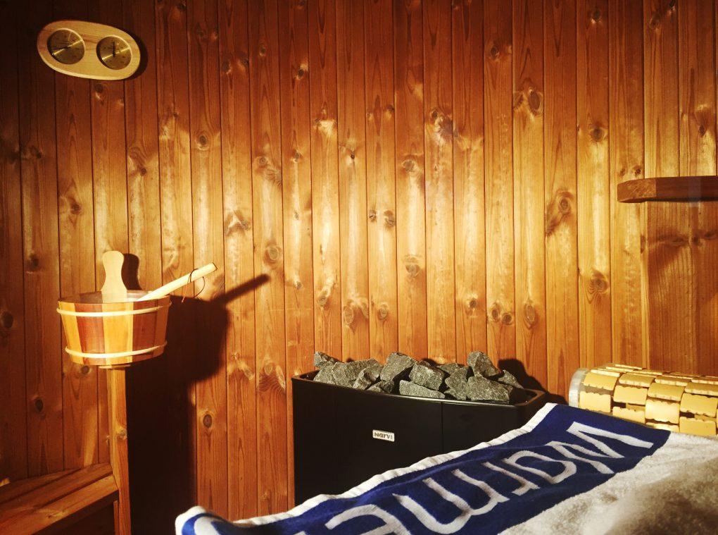 sauna chalet l 39 unique et traditionnel sauna scandinave. Black Bedroom Furniture Sets. Home Design Ideas